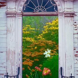 Heaven's Gate by Yuri Lev