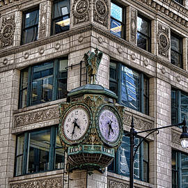 Downtown Chicago Clock by Selena Wagner