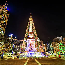 Gregory Ballos - Downtown Indy Circle of Lights - Monument Circle - Indianapolis