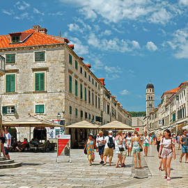 Dubrovnik's Placa by Sally Weigand