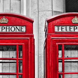 Dueling Telephones