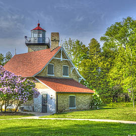 Mike Griffiths - Eagle Bluff Lighthouse