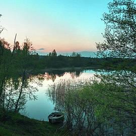 Sergey Yurchenko - Early morning fishing