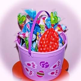 Cynthia Guinn - Easter Bucket Treats