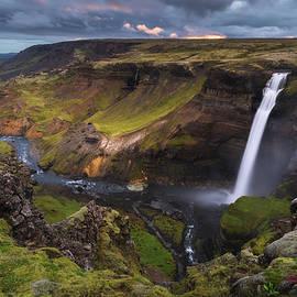 Iurie Belegurschi - Edge of the Highlands