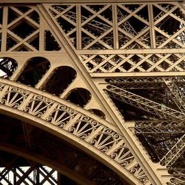 John Julio - Eiffel Square