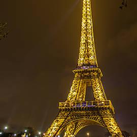 Eiffel Tower by Marco Duran