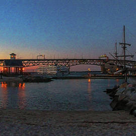 Olahs Photography - El Galeon In Yorktown Virginia
