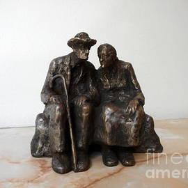 Elderly family by Nikola Litchkov