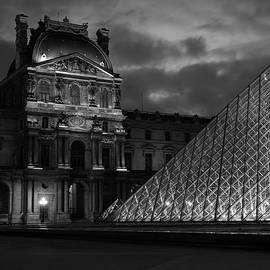 Electric Pyramid, Louvre, Paris, France by Richard Goodrich