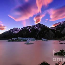 Kamrul Arifin Mansor - Epic Sunrise At Tasman Lake