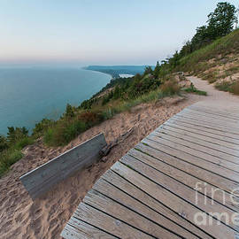 Evening at Ampire Bluff - Twenty Two North Photography