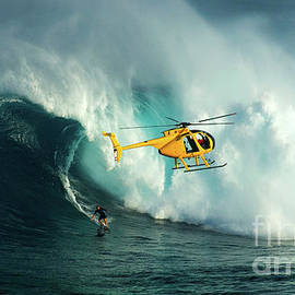 Bob Christopher - Extreme Surfing Hawaii 6