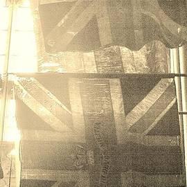 Richard Brookes - Faded Glory