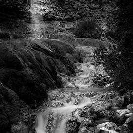 Fairmont Waterfall by Eduardo Tavares