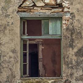 Jan Pudney - Farmhouse window 4