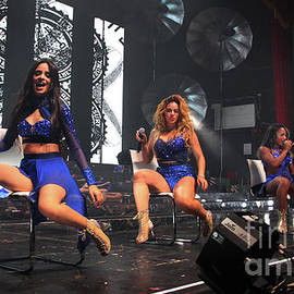 Gary Gingrich Galleries - Fifth Harmony-1840-Stage