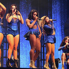 Gary Gingrich Galleries - Fifth Harmony-2604-Group