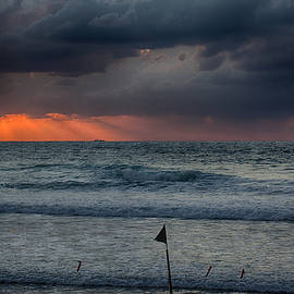 Final Light by Uri Baruch
