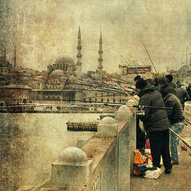 Vittorio Chiampan - Fishing on the Bosphorus