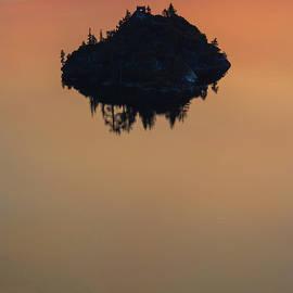 Floating Castle by Jonathan Hansen