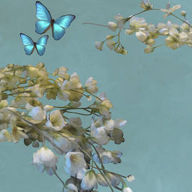 Floral04 by Peggy Novak