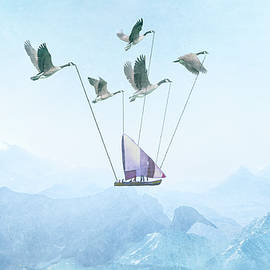 Louloua Asgaraly - Flying Back