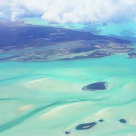 Iryna Goodall - Flying Over Bahamas