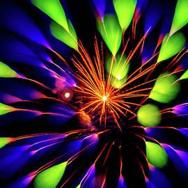 Wes Iversen - Focus Blur Fireworks 15