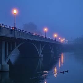 Lynn Hopwood - Foggy winter morning