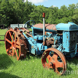 Fordson Tractor by Steve Gass