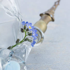 Forget Me Nots and Pen by Ann Garrett