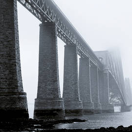 Ray Devlin - Forth Bridge Mono