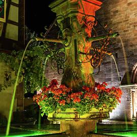 Paul MAURICE - Fountain of Kaysersberg by night