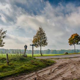 Dmytro Korol - Four on the crossroads