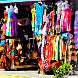 Susan Savad - Freeport, Bahamas - Shopping at Port Lucaya Marketplace