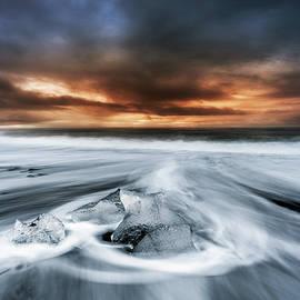 Jorge Maia - Frosty beach