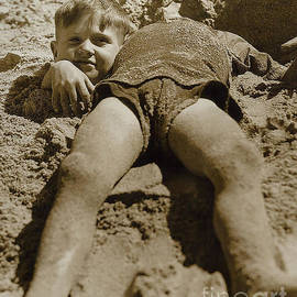 Fun Day at the Beach - Jon Neidert