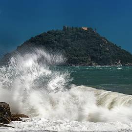 Gallinara Island Seastorm - Mareggiata All'isola Gallinara by Enrico Pelos