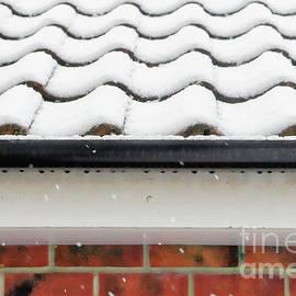 Garage in the snow - Tom Gowanlock