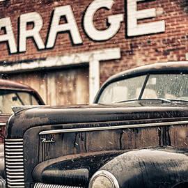 Jeremy Holmes - Garage