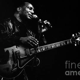 George Benson-95-0332 by Gary Gingrich Galleries