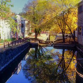 Bob Phillips - Georgetown Reflection