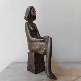 Nikola Litchkov - Girl with crossed legs