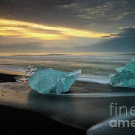 Glacial Ice Duet on the Beaches of Iceland - Mike Reid