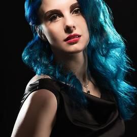 Glamorous Hollywood Style Woman - Amanda Elwell