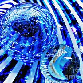 Sarah Loft - Glass Abstract 110