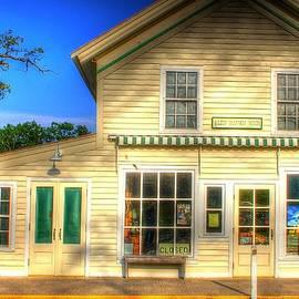 Glen Haven Store by Randy Pollard