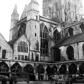 Jacquie King - Gloucester Cathedral
