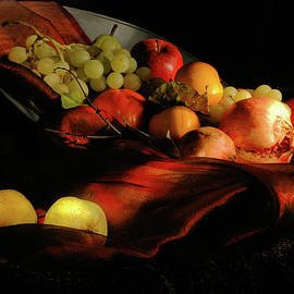 Guido Strambio - Glowing fruit 2